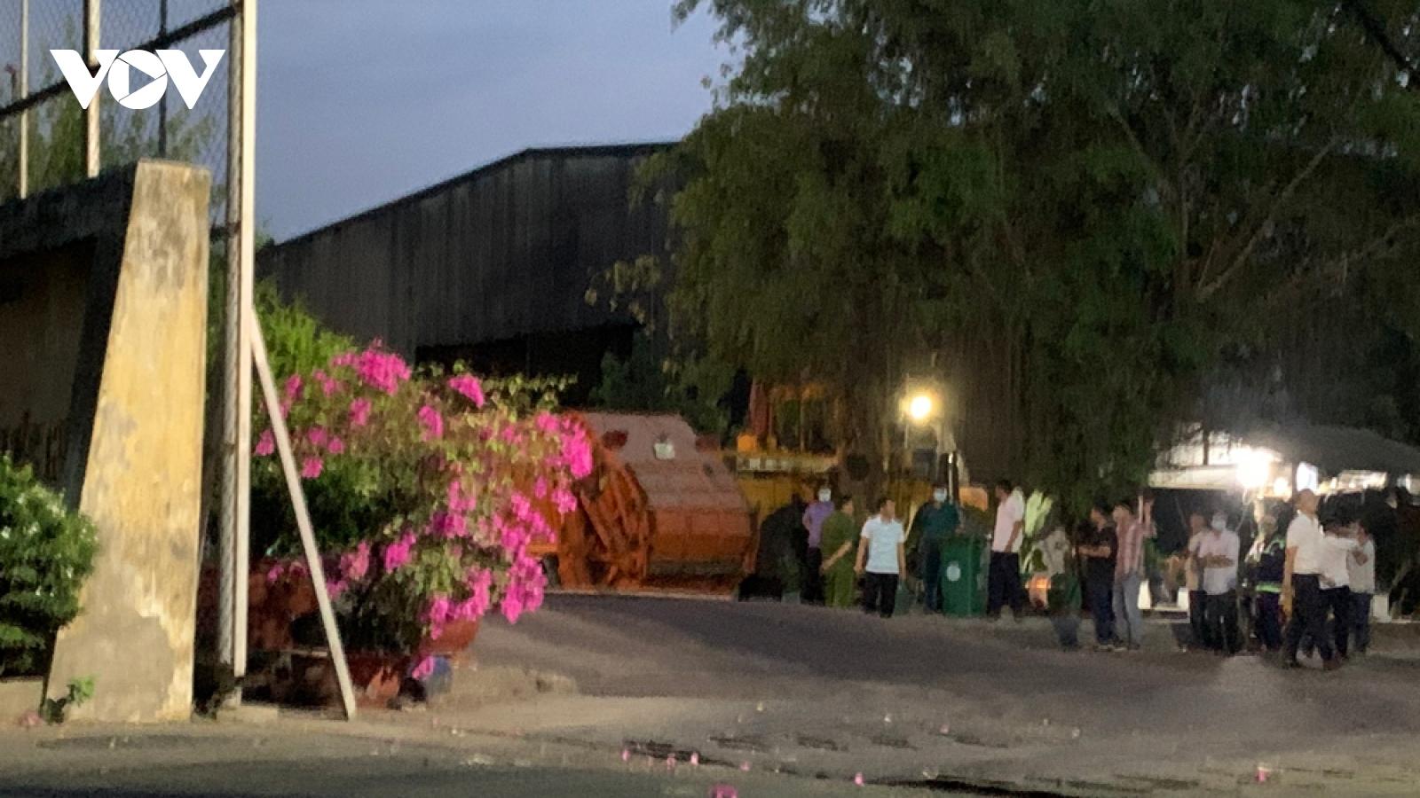 Nam công nhân gom rác ở Bình Dương bị xe rác cán chết
