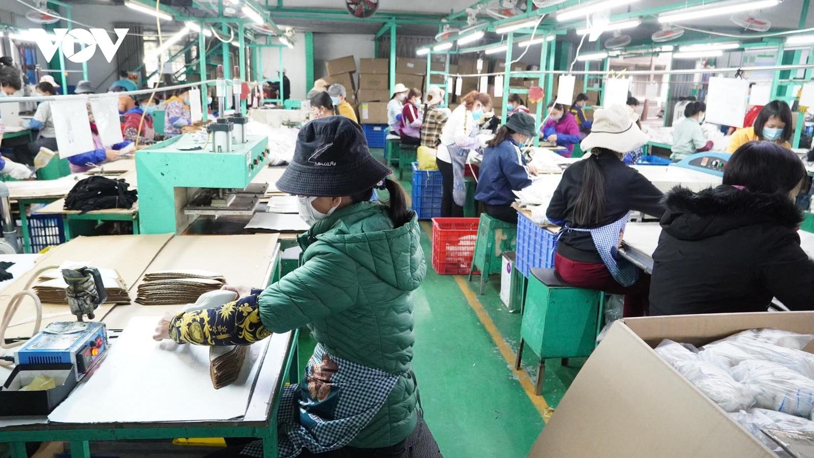 Hải Dương khắcphục khó khăn, từng bước khôi phục sản xuất công nghiệp