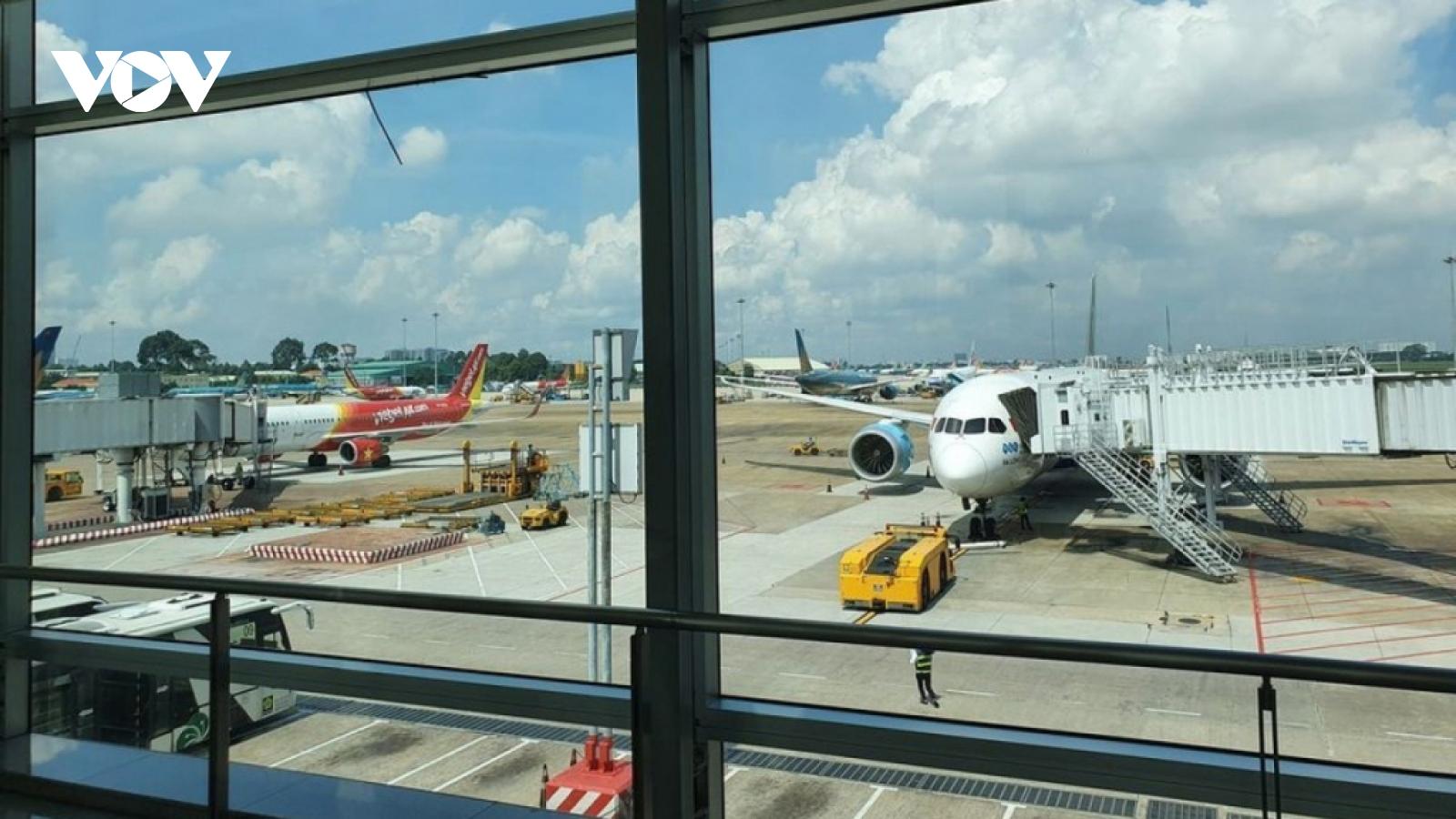 Vietnam to resume international flights from April 1