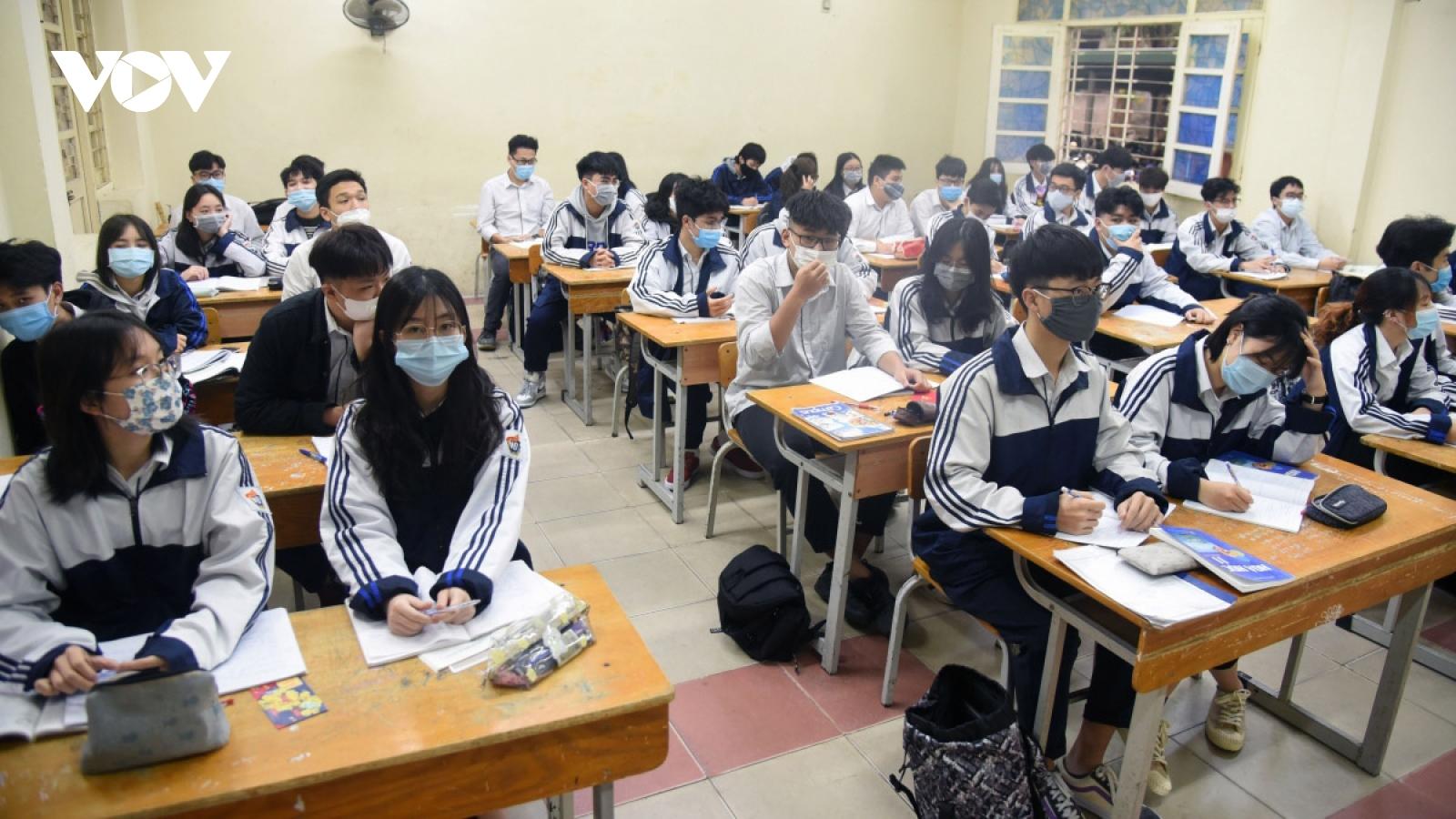 Students head back to school amid tight anti-coronavirus measures