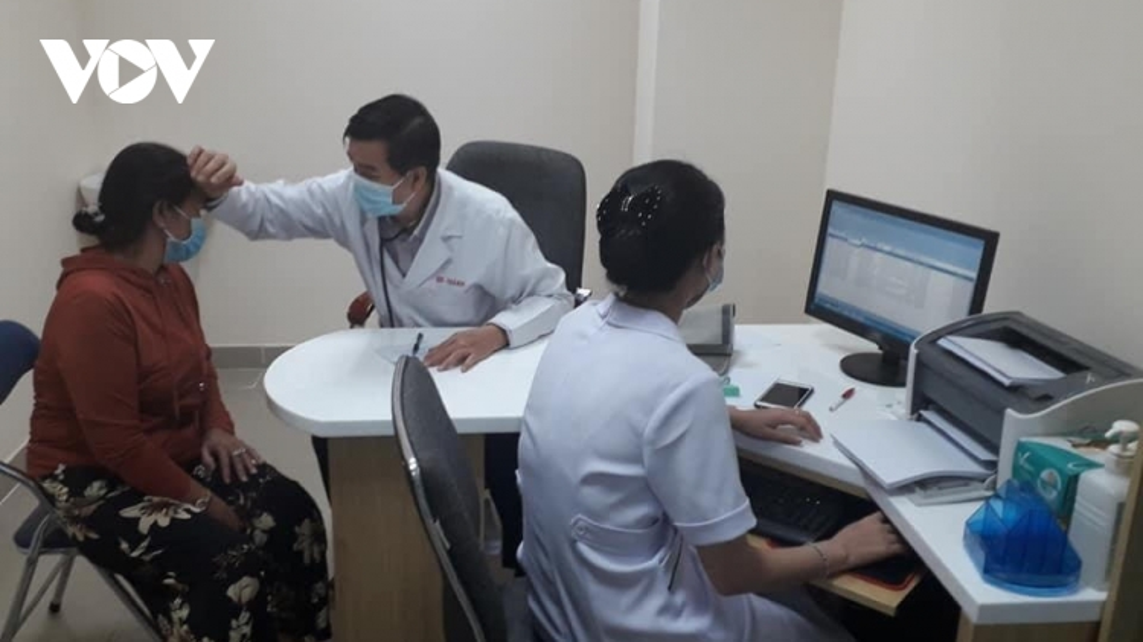 34 trạm y tế tại TP HCM ký hợp đồng khám, chữa bệnh BHYT trở lại