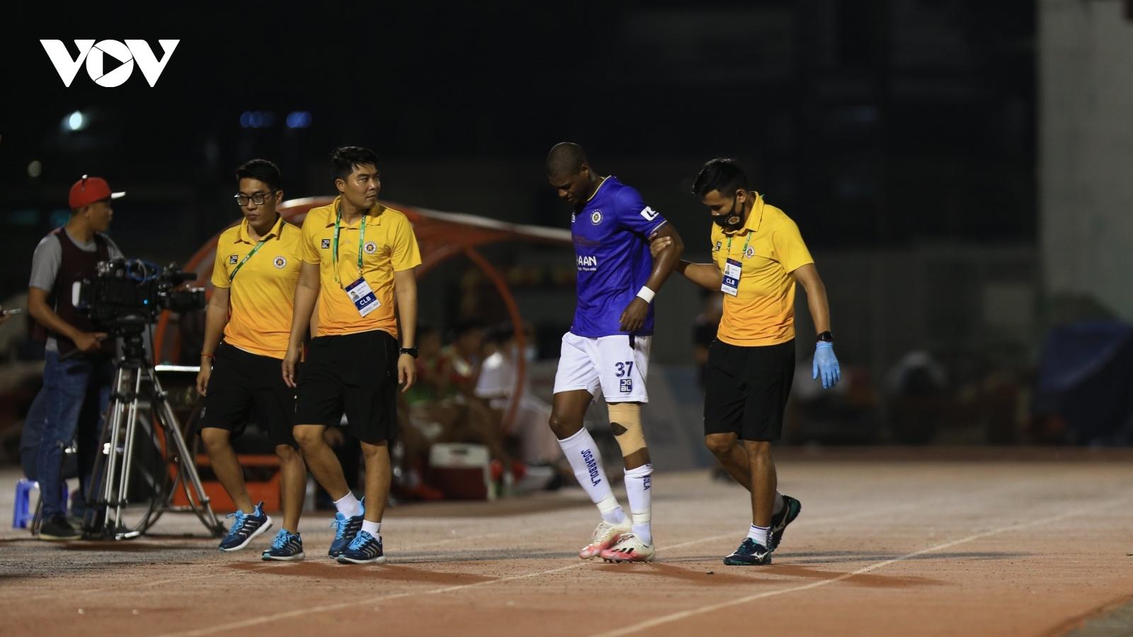Hà Nội FC mất một nửa đội hình chính ở vòng 6 V-League 2021