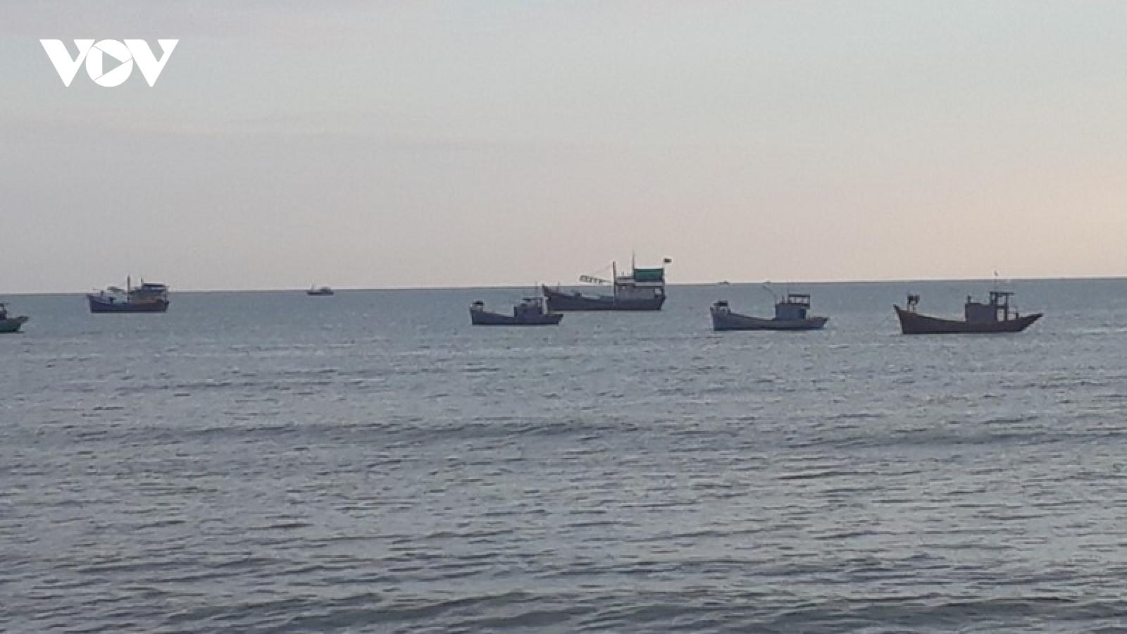 Vụ tàu chìm trên vùng biển Bình Thuận: Ít khả năng xảy ra tràn dầu