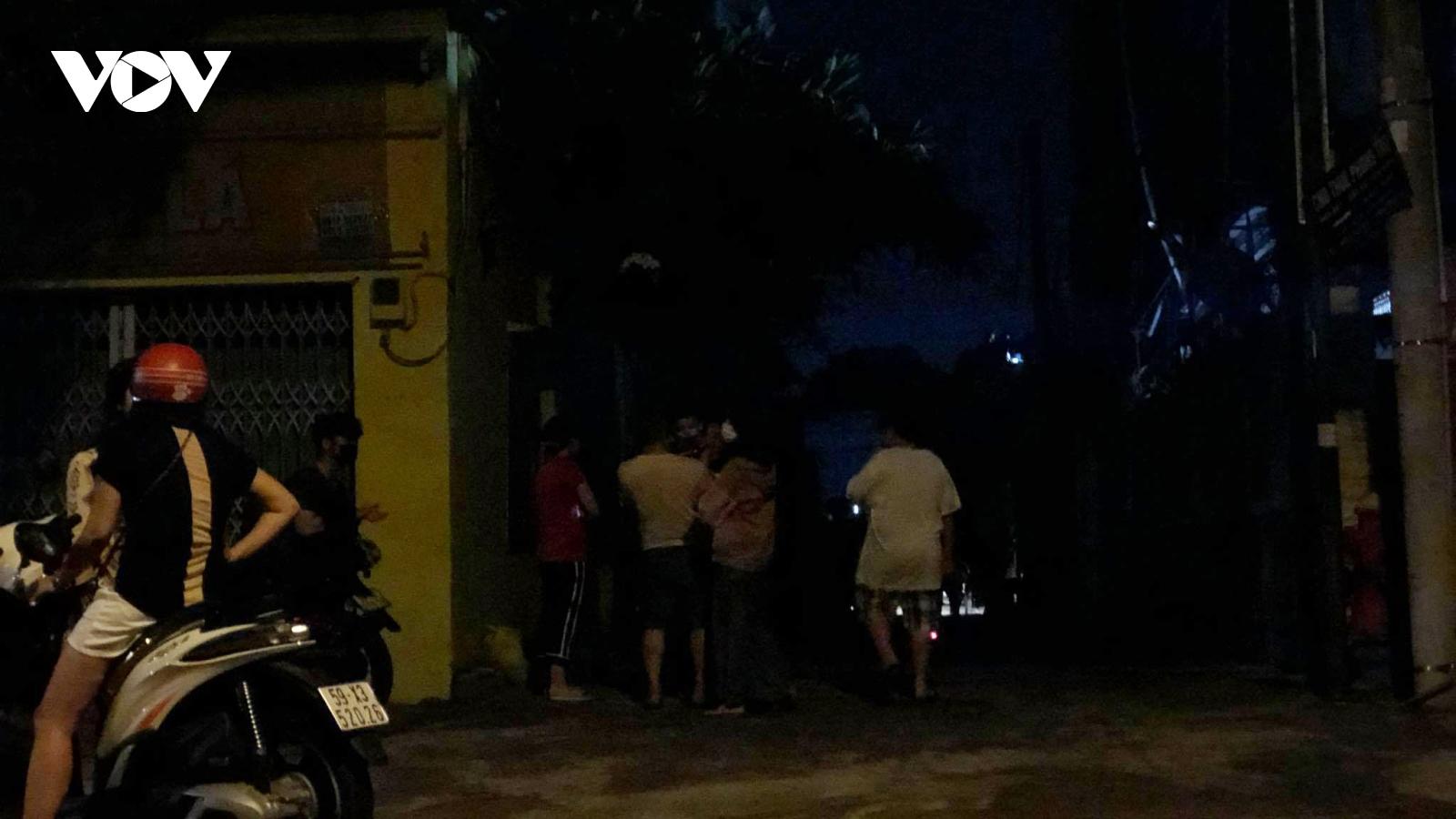 Bãi giữ xe của Cảnh sát giao thông TP Thủ Đức cháy giữa đêm