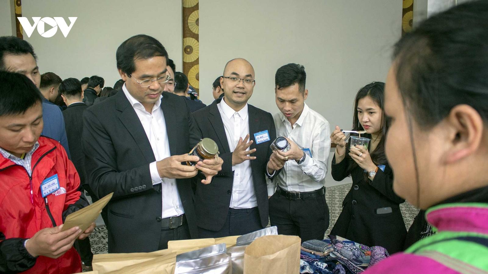 Chủ tịch tỉnh Lào Cai đích thân làm Tổ trưởng hỗ trợ doanh nghiệp