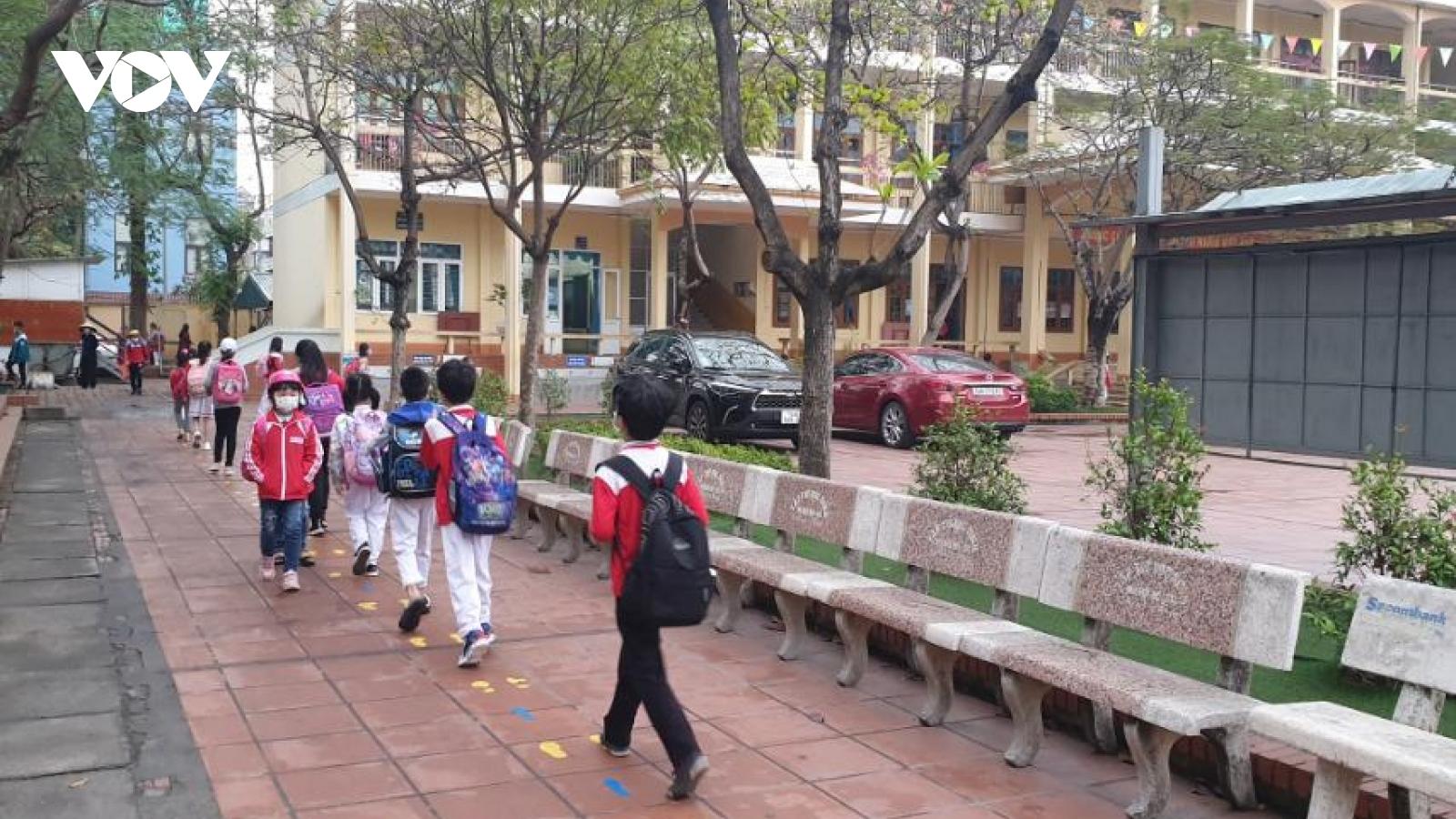 Quảng Ninh lên phương án đón học sinh từ tỉnh ngoài trở lại trường học