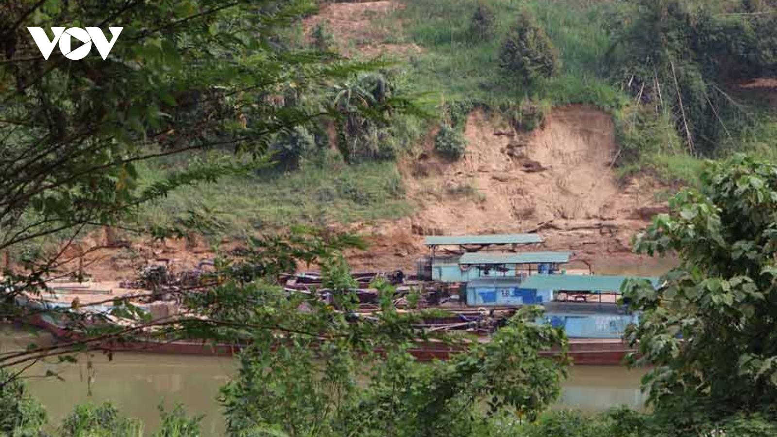 Bình Phước đề nghị gia hạn khai thác cát cho Công ty gây sạt lở sông Đồng Nai
