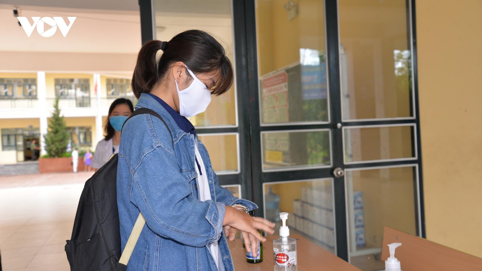 Tạm thời dỡ bỏ các chốt kiểm soát dịch Covid-19 liên ngành tại Sơn La