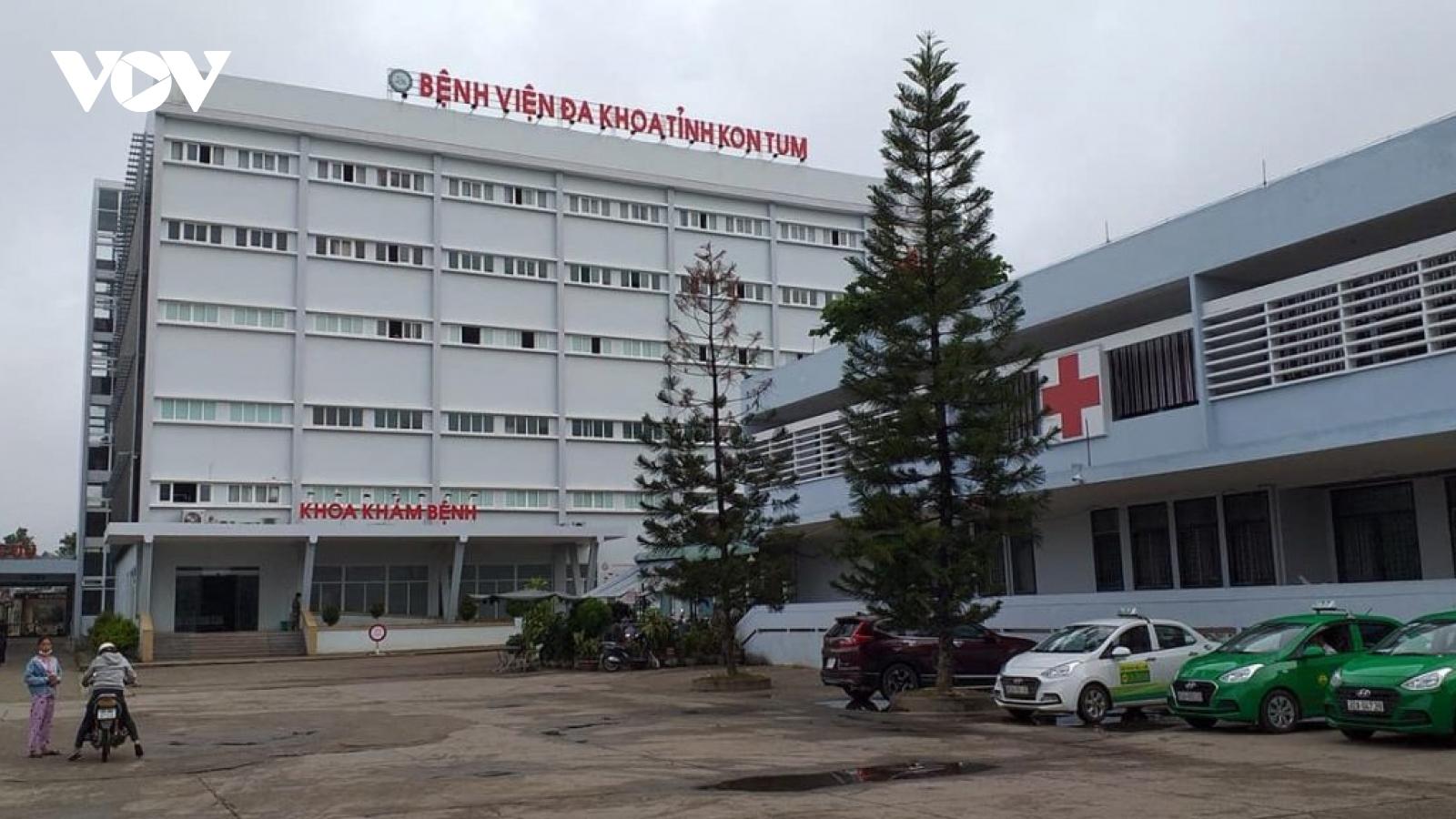 Bệnh nhân lớn tuổi nhất trong chùm cả bệnh nghi ngộ độc ở Kon Plông (Kon Tum) tử vong