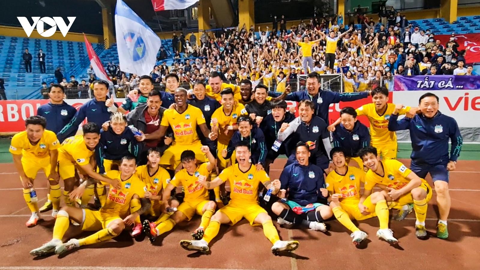 Lịch thi đấu vòng 6 V-League 2021: HAGL gặp thử thách lớn
