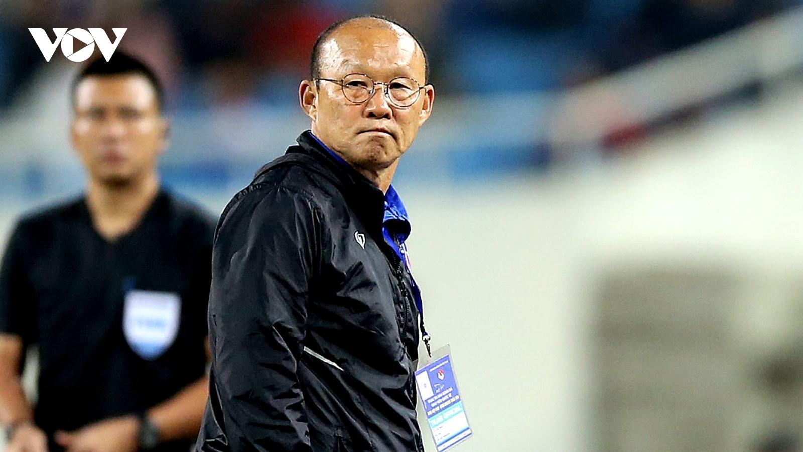 Hà Nội FC liên tiếp báo tin buồn cho HLV Park Hang Seo