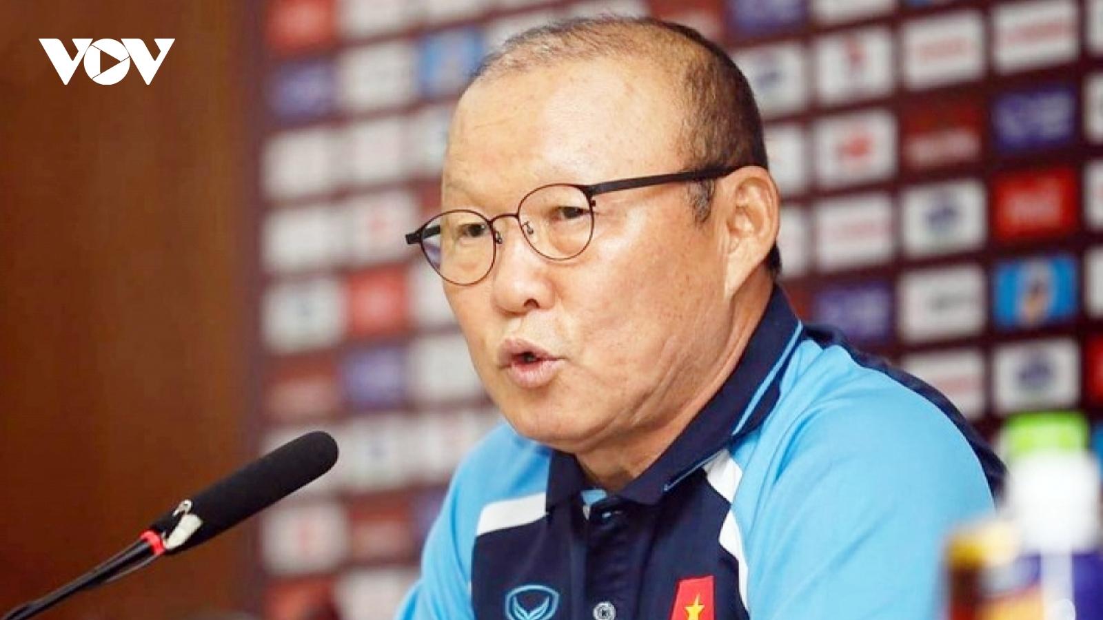 """HLV Park Hang Seo lặn lội """"xem giò"""" CLB gây ấn tượng nhất V-League 2021"""