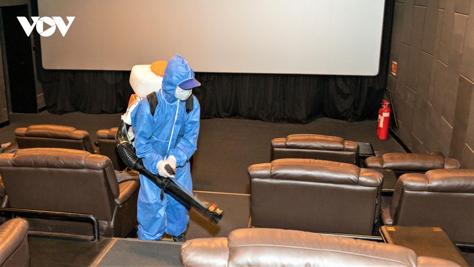 Rạp phim ở TP.HCM mở cửa trở lại, khán giả chưa nhiều