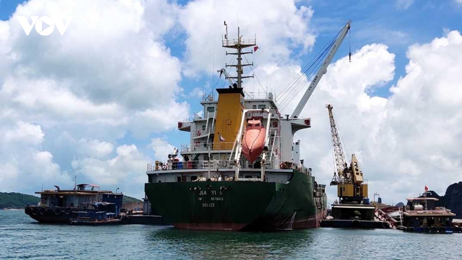 Quảng Ninh thu hút đầu tư vào hệ thống cảng biển