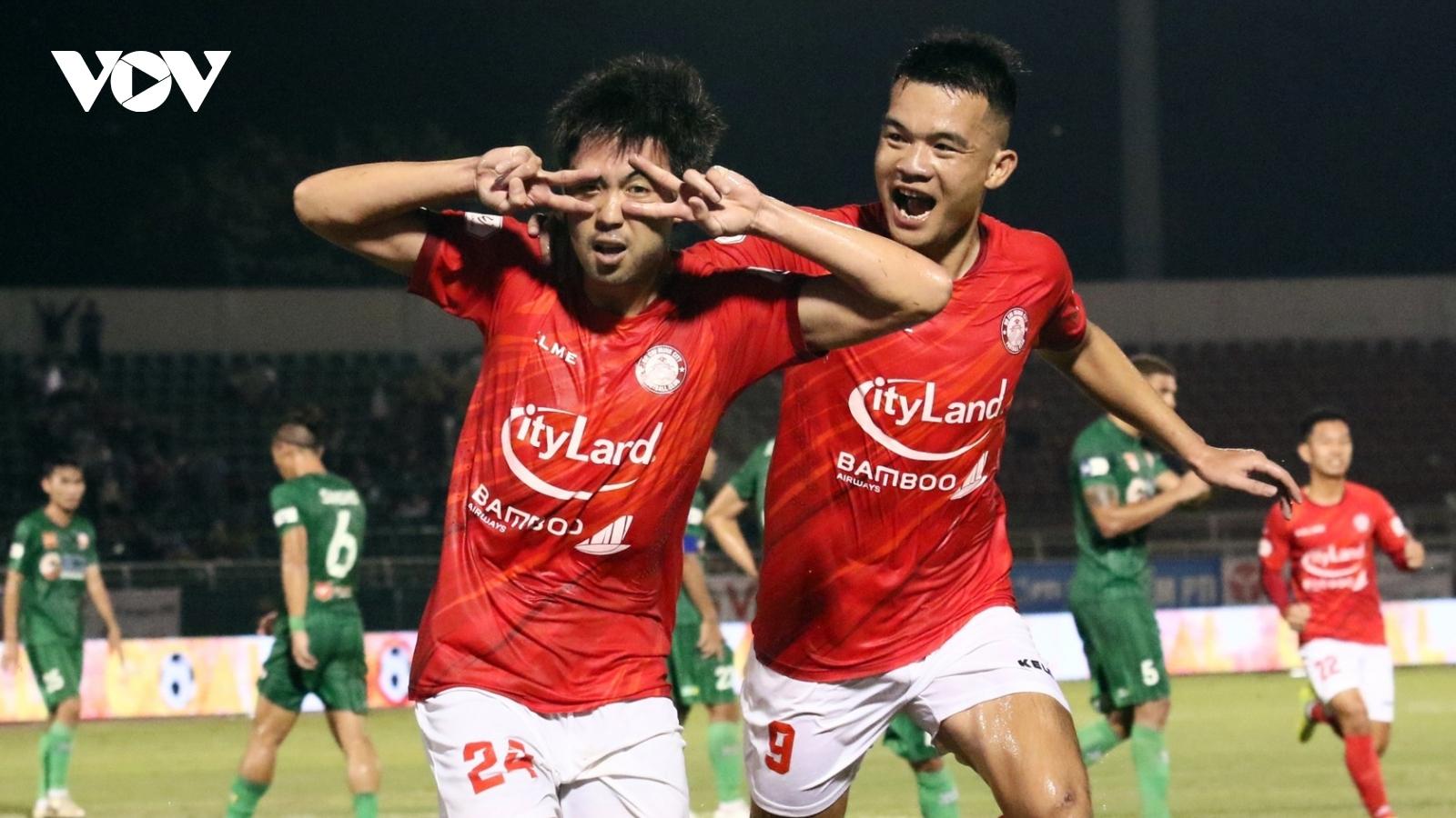 Sau vòng 4 V-League 2021: Nụ cười Lee Nguyễn và sự tiếc nuối của HAGL