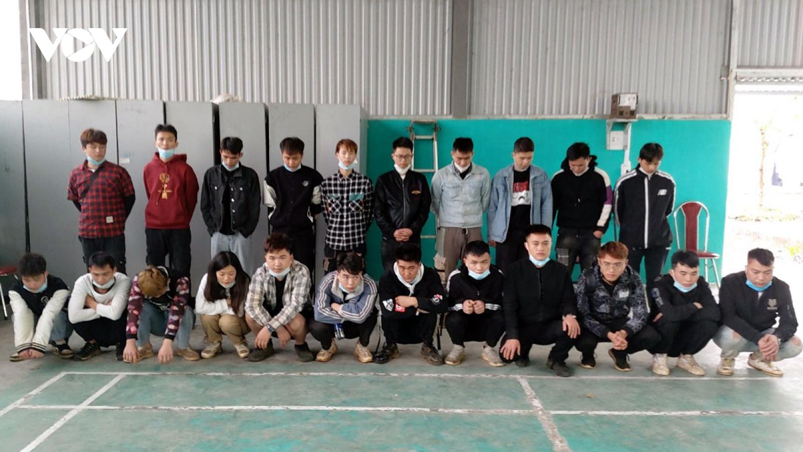 Tạm giữ chủ nhà nghỉ cho 22 người Trung Quốc nhập cảnh trái phép lưu trú