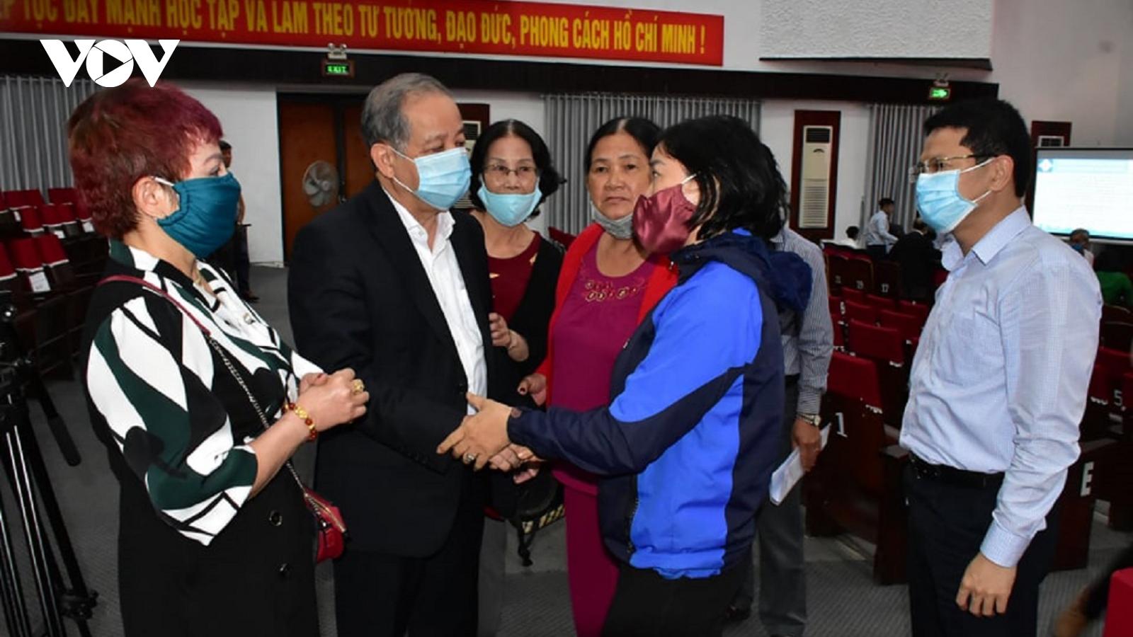 Chủ tịch UBND tỉnh Thừa Thiên Huế đối thoại với dân Thượng Thành