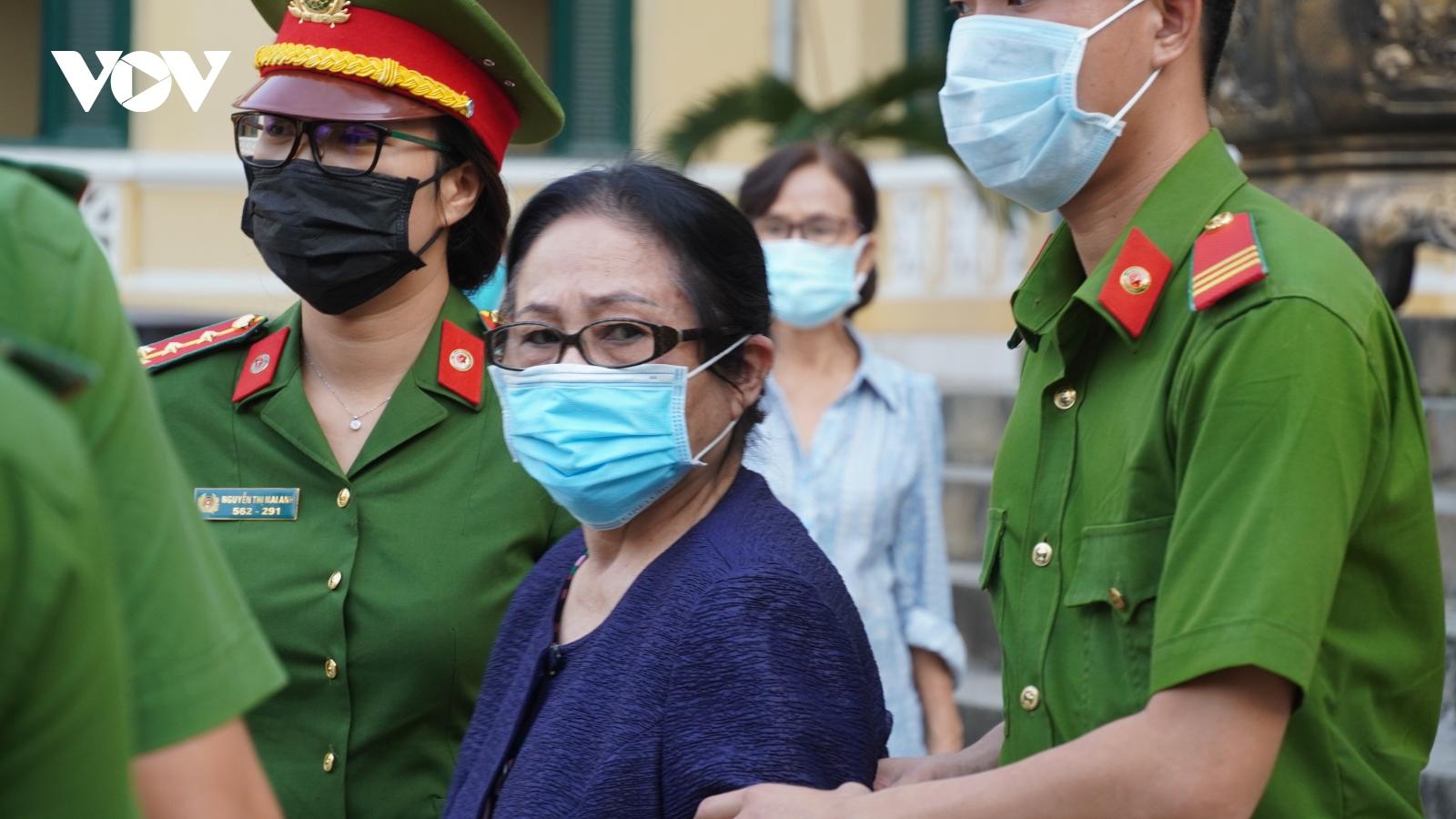 Bà Dương Thị Bạch Diệp bác quan điểm buộc tội của Viện Kiểm sát