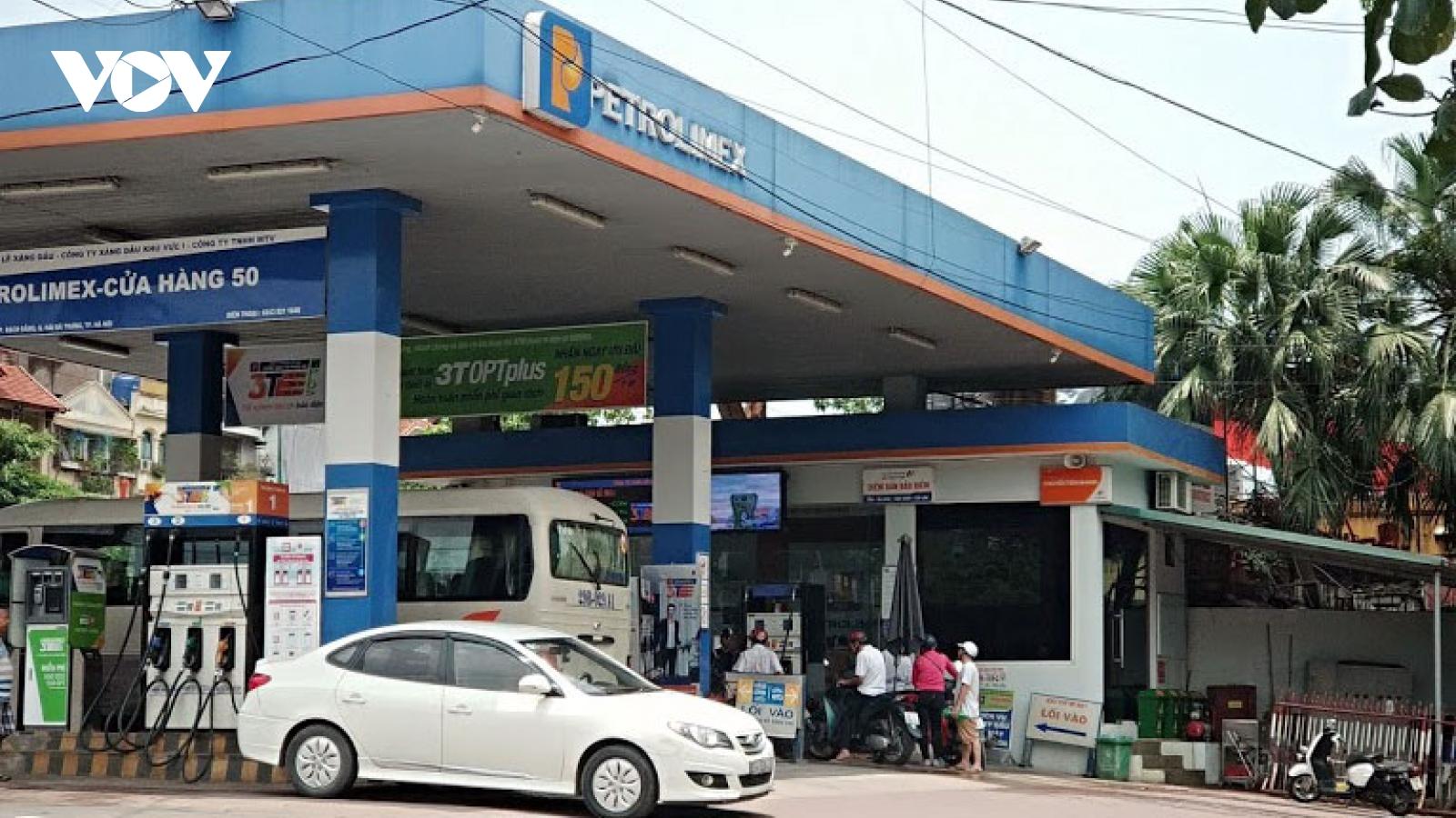 Giá xăng dầu tiếp tục được điều chỉnh tăng
