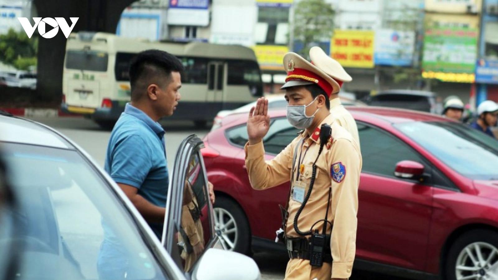 Các lỗi cơ bản mà người lái ô tô phải tránh để không bị phạt