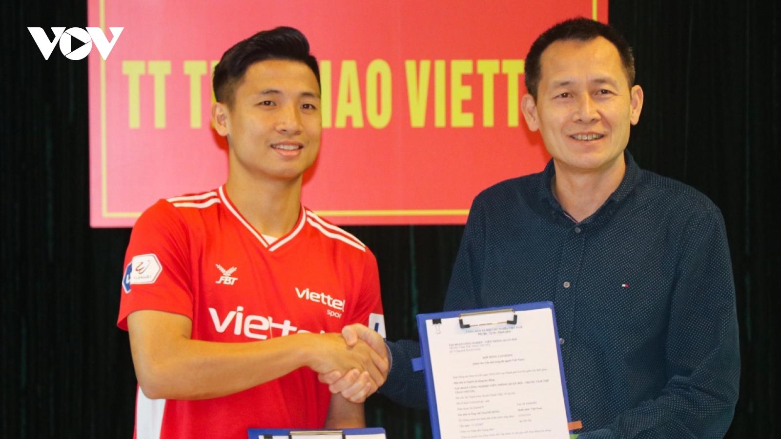 Viettel FC đón tin cực vui từ đội trưởng Bùi Tiến Dũng trước thềm đại chiến với HAGL
