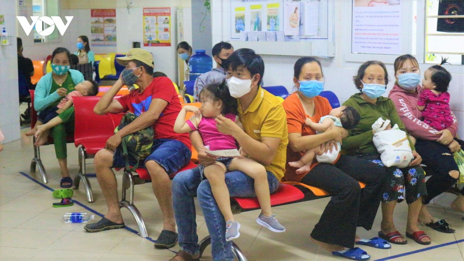 Trẻ mắc bệnh về tiêu hoá nhập viện tăng ở Đà Nẵng