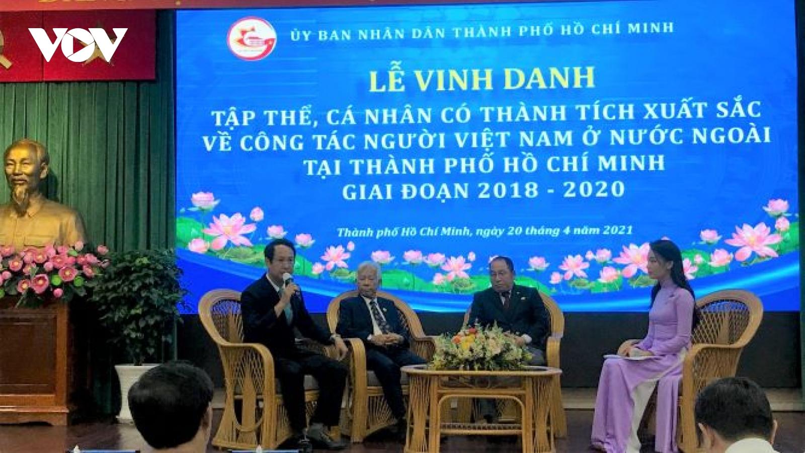 Vinh danh 50 tập thể, cá nhân xuất sắc trong công tác người Việt ở nước ngoài
