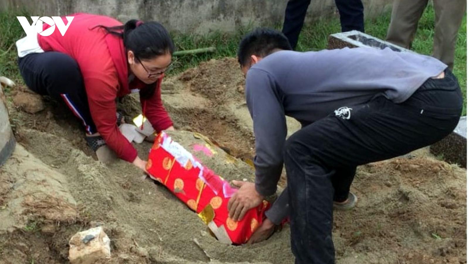 Thanh Hoá phạt 5 triệu đồng người chôn trộm mộ giả