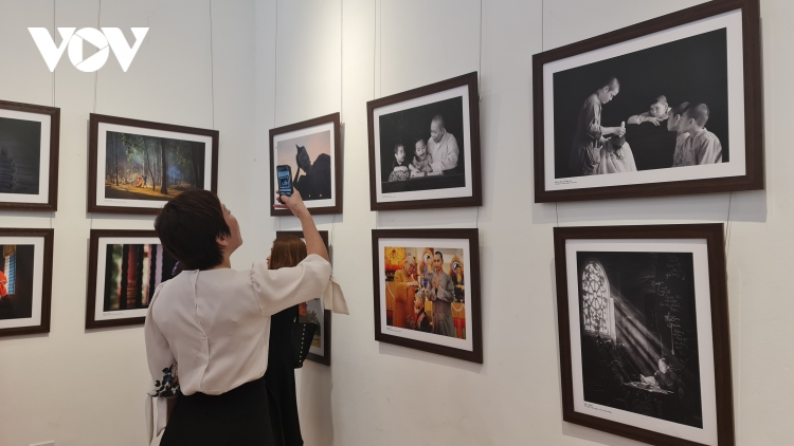 """Lễ trao giải và khai mạc triển lãm cuộc thi ảnh """"Phật giáo trong đời sống"""""""