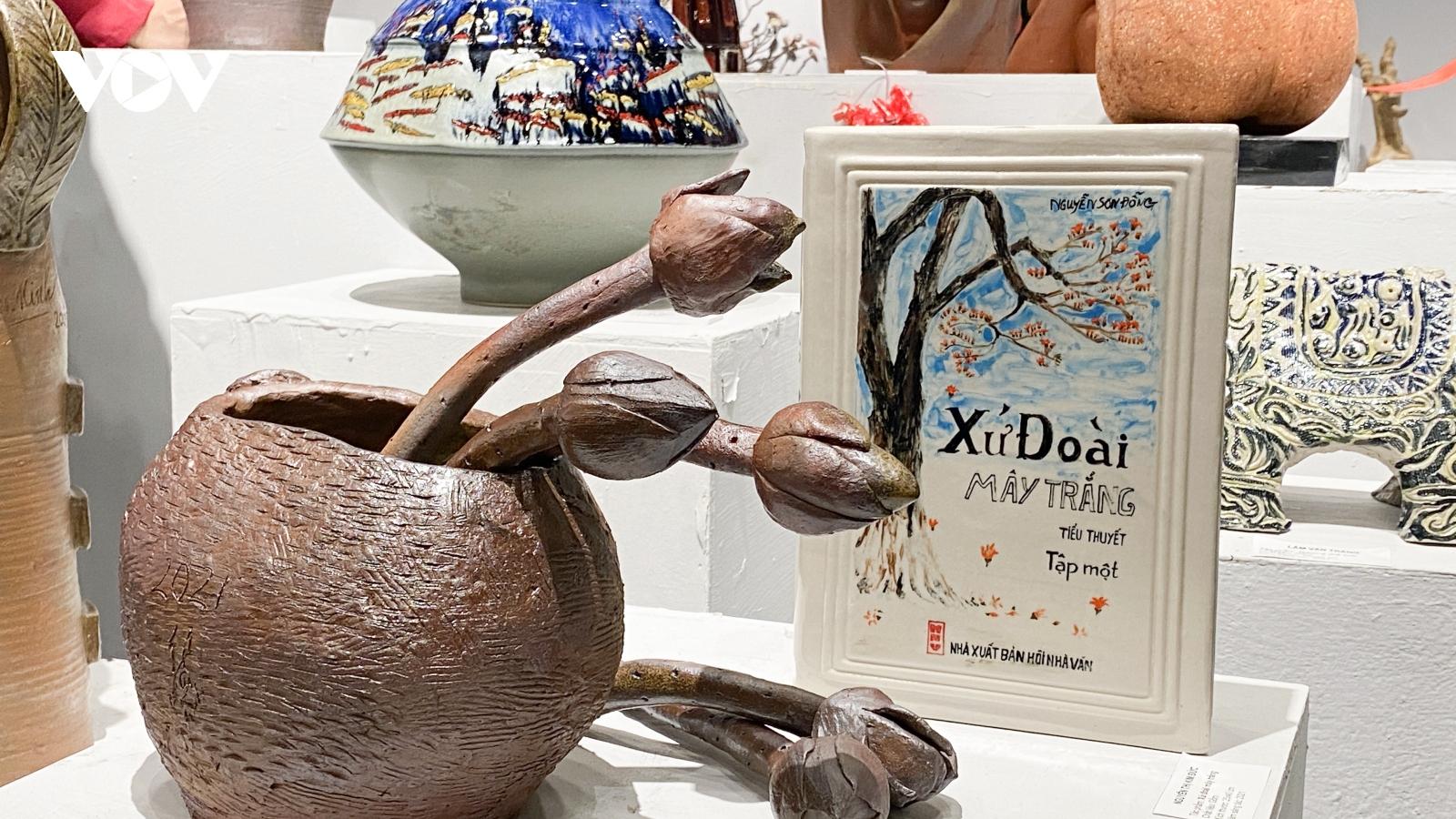 """Trưng bày 75 tác phẩm gốm độc đáo tại triển lãm mỹ thuật """"Sắc Hạ"""""""