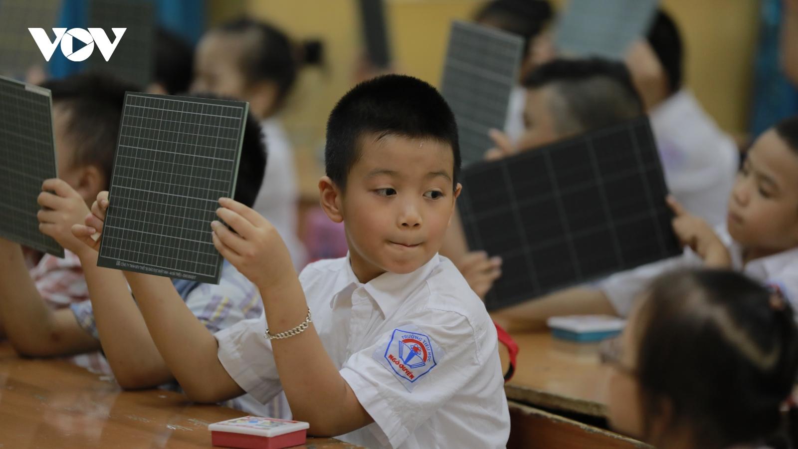 Hà Nội phê duyệt danh mục SGK lớp 2, lớp 6 theo chương trình GDPT mới