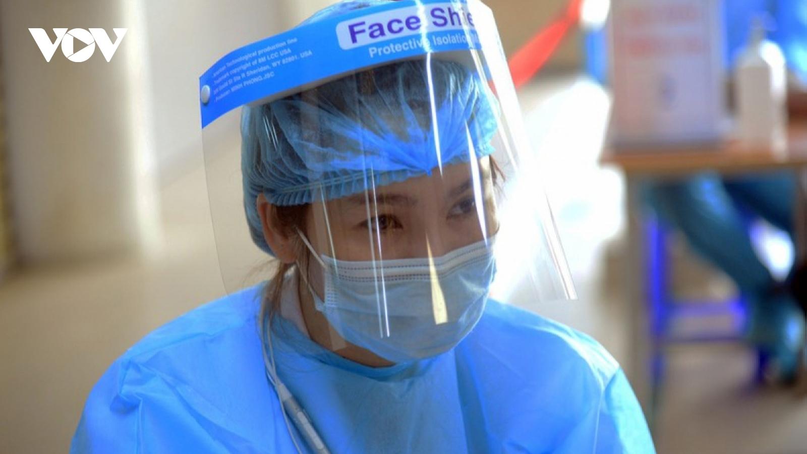 Chiều 14/4, Việt Nam có thêm 16 ca mắc COVID-19 là người nhập cảnh