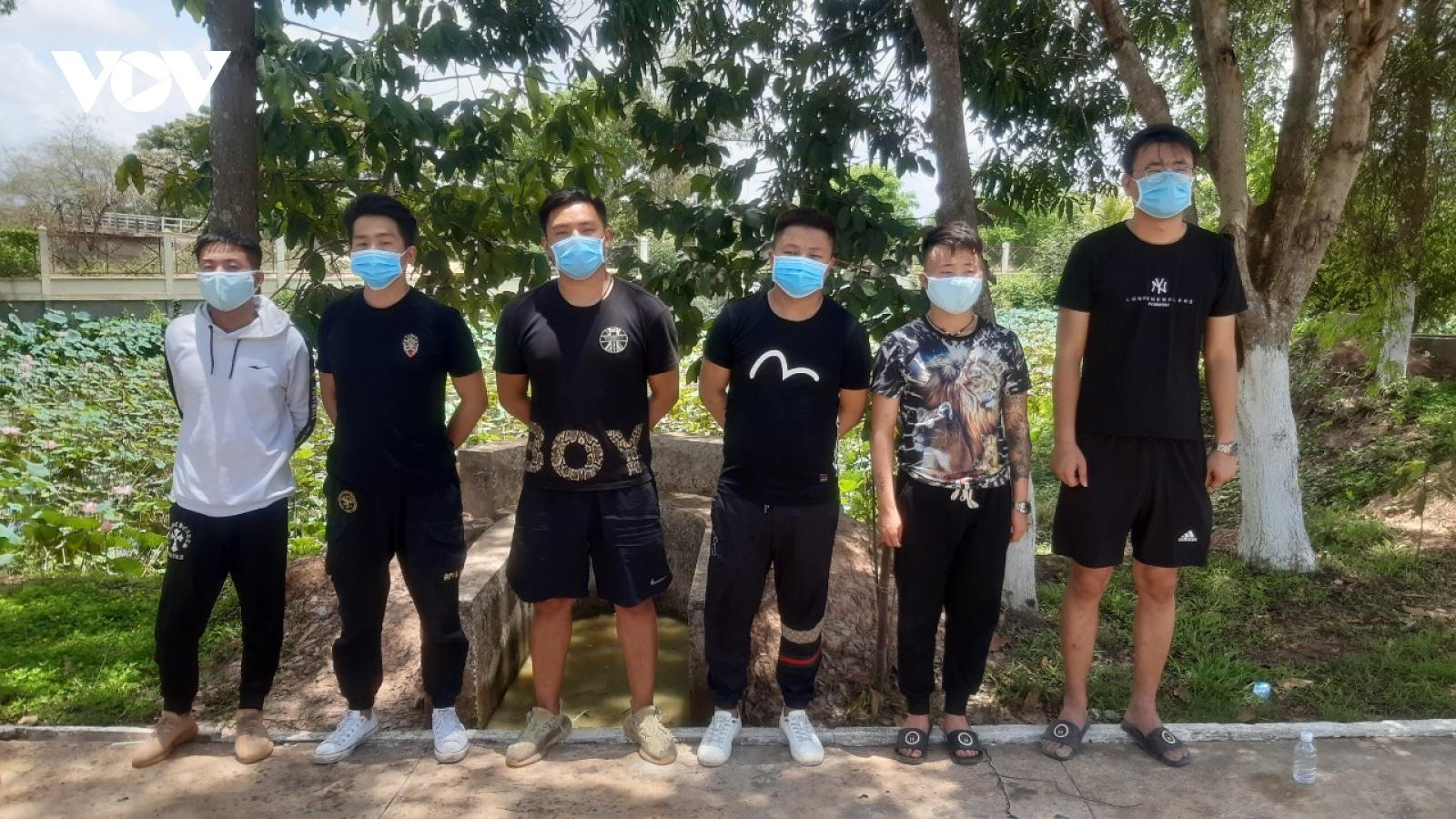 Biên phòng Long An bắt giữ 6 đối tượng xuất cảnh trái phép qua Campuchia