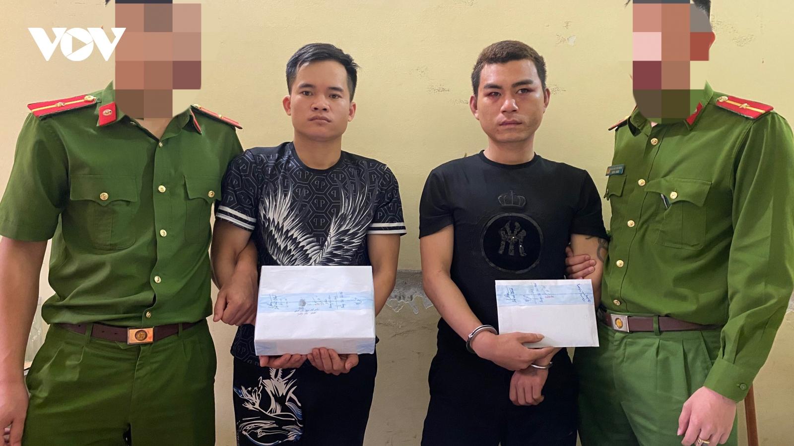 Sơn La: Bắt giữ 2 đối tượng mua bán 1 bánh heroin và 1000 viên ma túy tổng hợp
