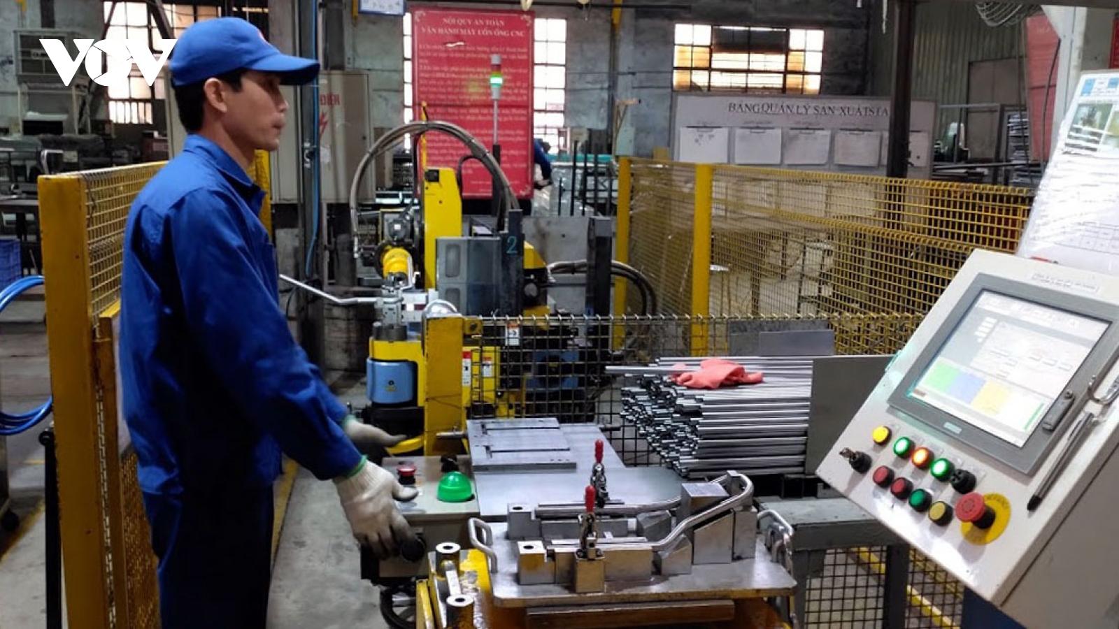 Công nghiệp hỗ trợ, tái cơ cấu chuỗi liên kết là trọng tâm phát triển