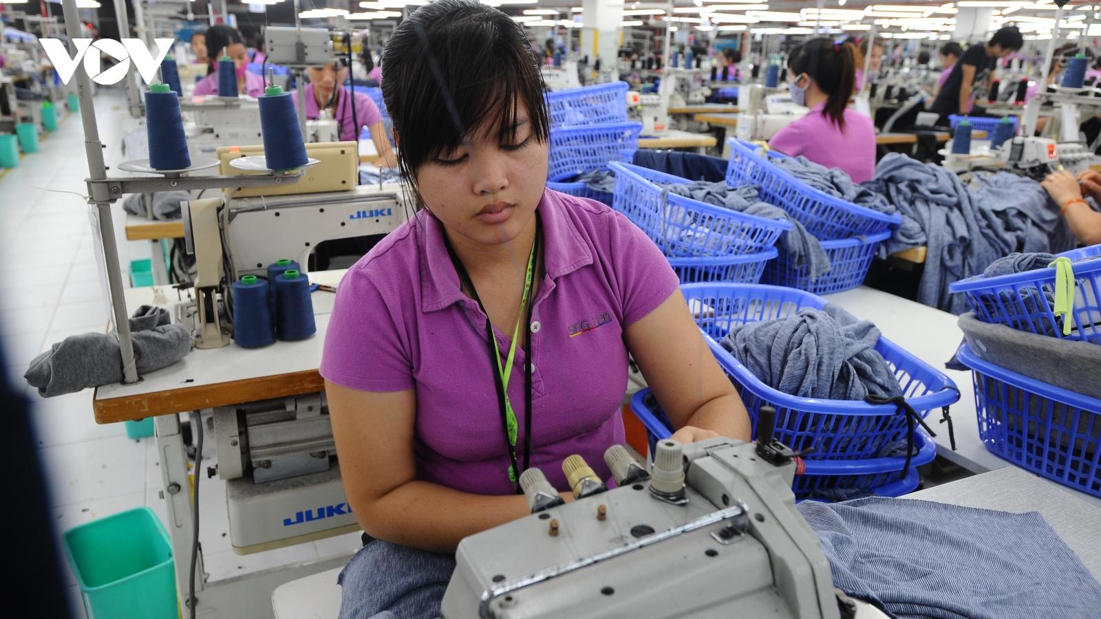 Thị trường lao động Việt Nam vẫn bộc lộ bất cập