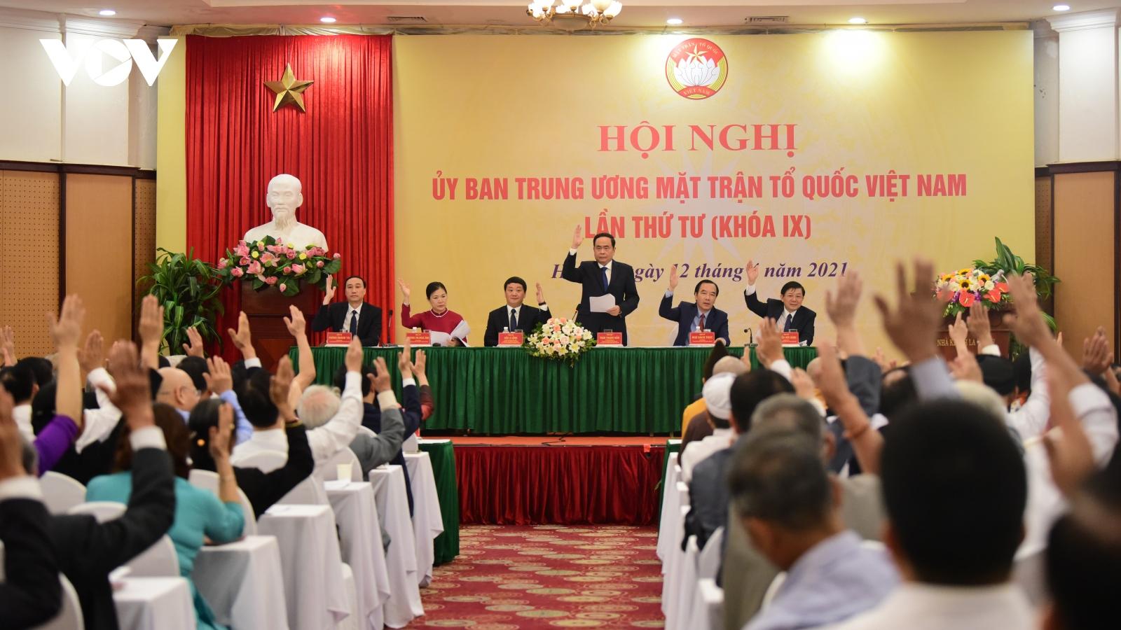 Bộ máy lãnh đạo Uỷ ban Trung ương MTTQ Việt Nam khoá IX sau Hội nghị lần thứ tư