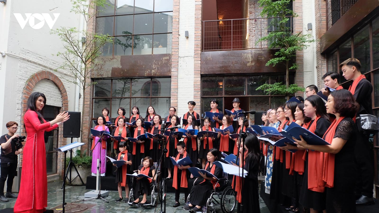 """120 nghệ sỹ Việt Nam và quốc tế tham gia hoà nhạc """"Vì một Hà Nội đáng sống"""""""
