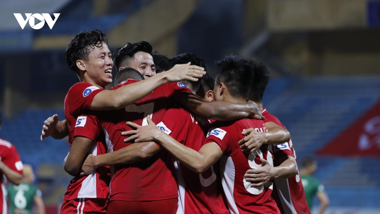 Đè bẹp Sài Gòn FC, Viettel bám sát HAGL trong cuộc đua vô địch V-League