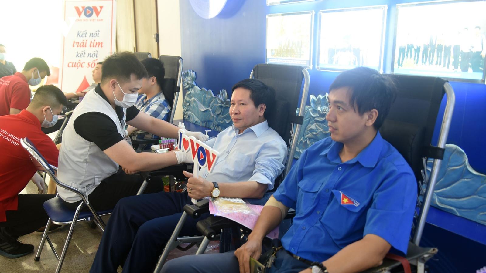 VOV tổ chức chương trình hiến máu tình nguyện, lan tỏa yêu thương