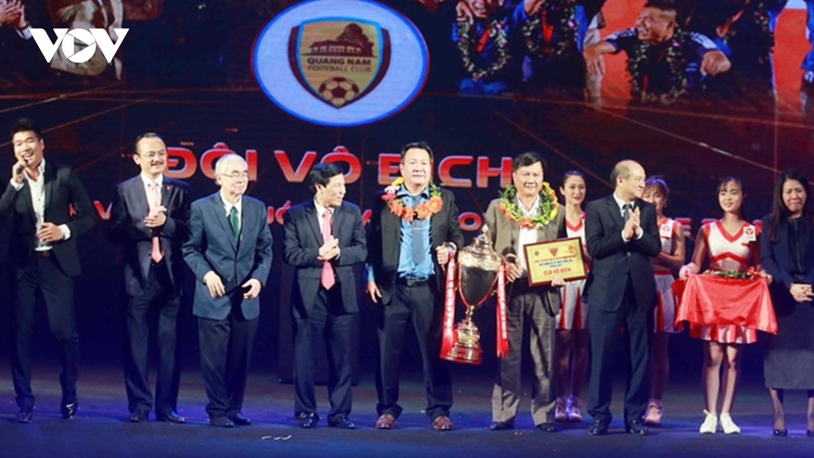 HLV Hoàng Văn Phúc dẫn dắt Hà Nội FC thay HLV Chu Đình Nghiêm?