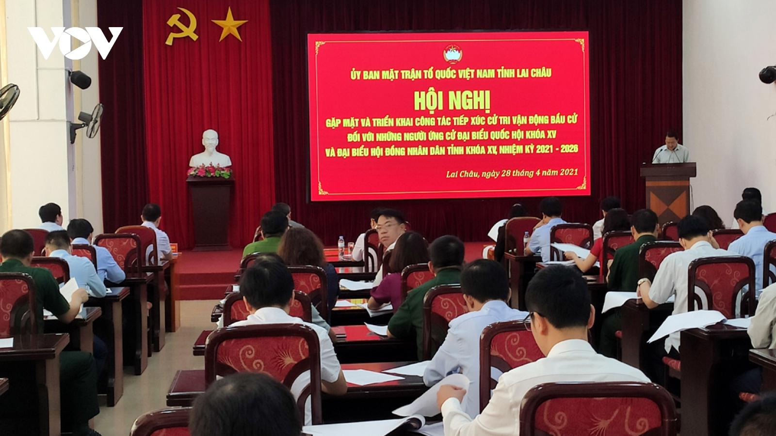 Lai Châugặp mặt người ứng cửđại biểu Quốc hội và HĐND tỉnh