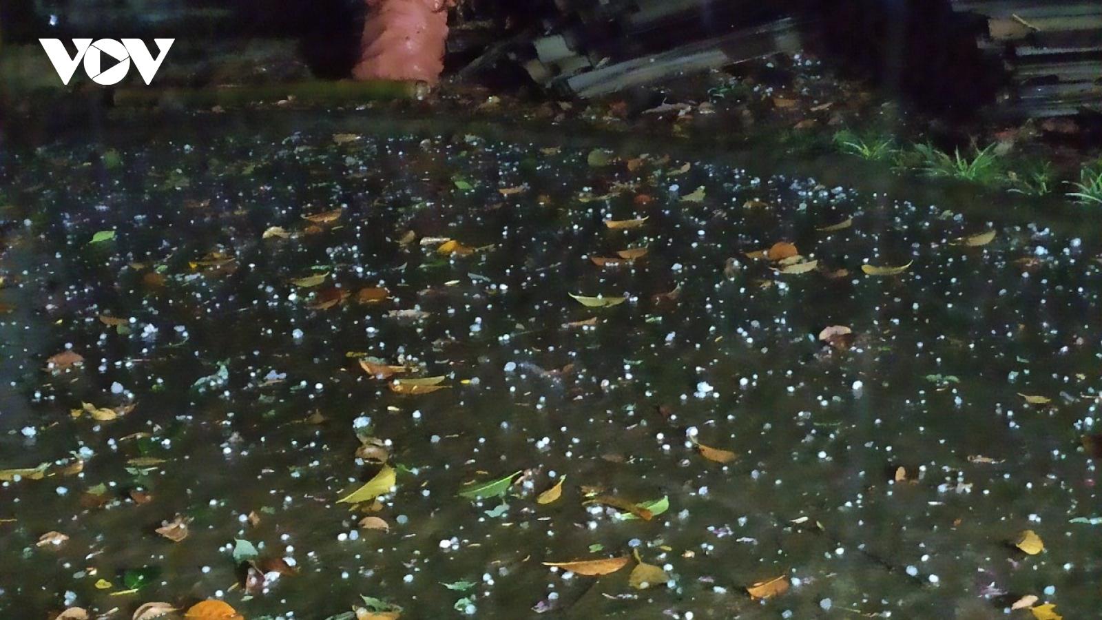 Mưa đá gây thiệt hại tại Lai Châu