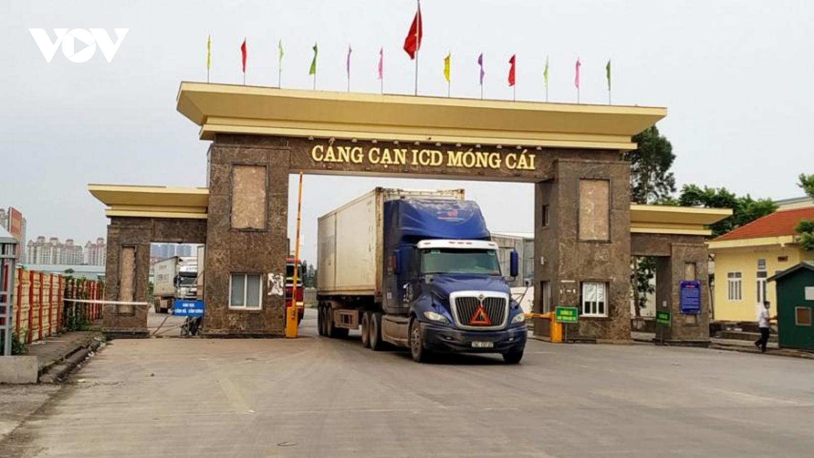 Khởi sắc xuất nhập khẩu hàng hóa nông sản qua cửa khẩu, lối mở ở Móng Cái