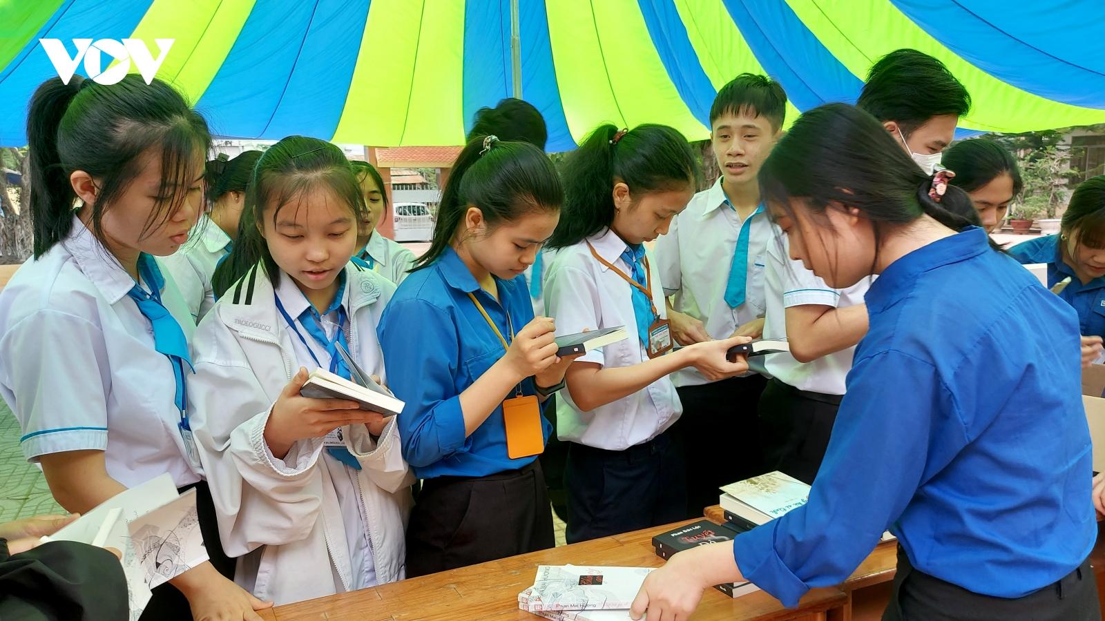 Đắk Lắk tổ chức nhiều hoạt động nhân Ngày sách và văn hóa đọc Việt Nam