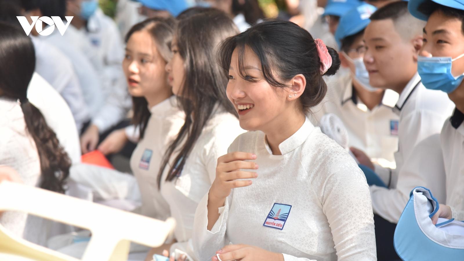 Những thí sinh nào không cần đăng ký theo khu vực khi thi vào 10 tại Hà Nội?