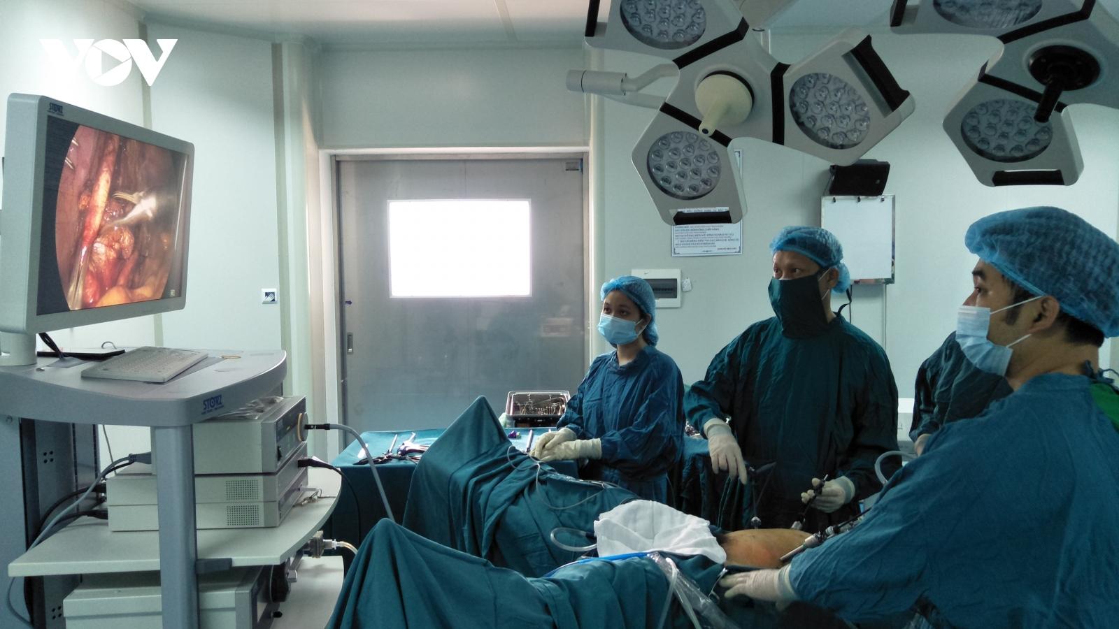 Quảng Trị phẫu thuật thành công nội soi cắt bàng quang bệnh nhân ung thư