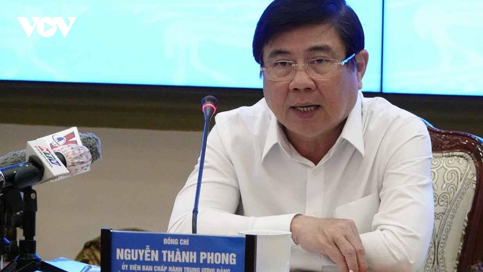 """Chủ tịch TPHCM: """"Nguy cơ Covid-19 xâm nhập trở lại TPHCM rất cao"""""""