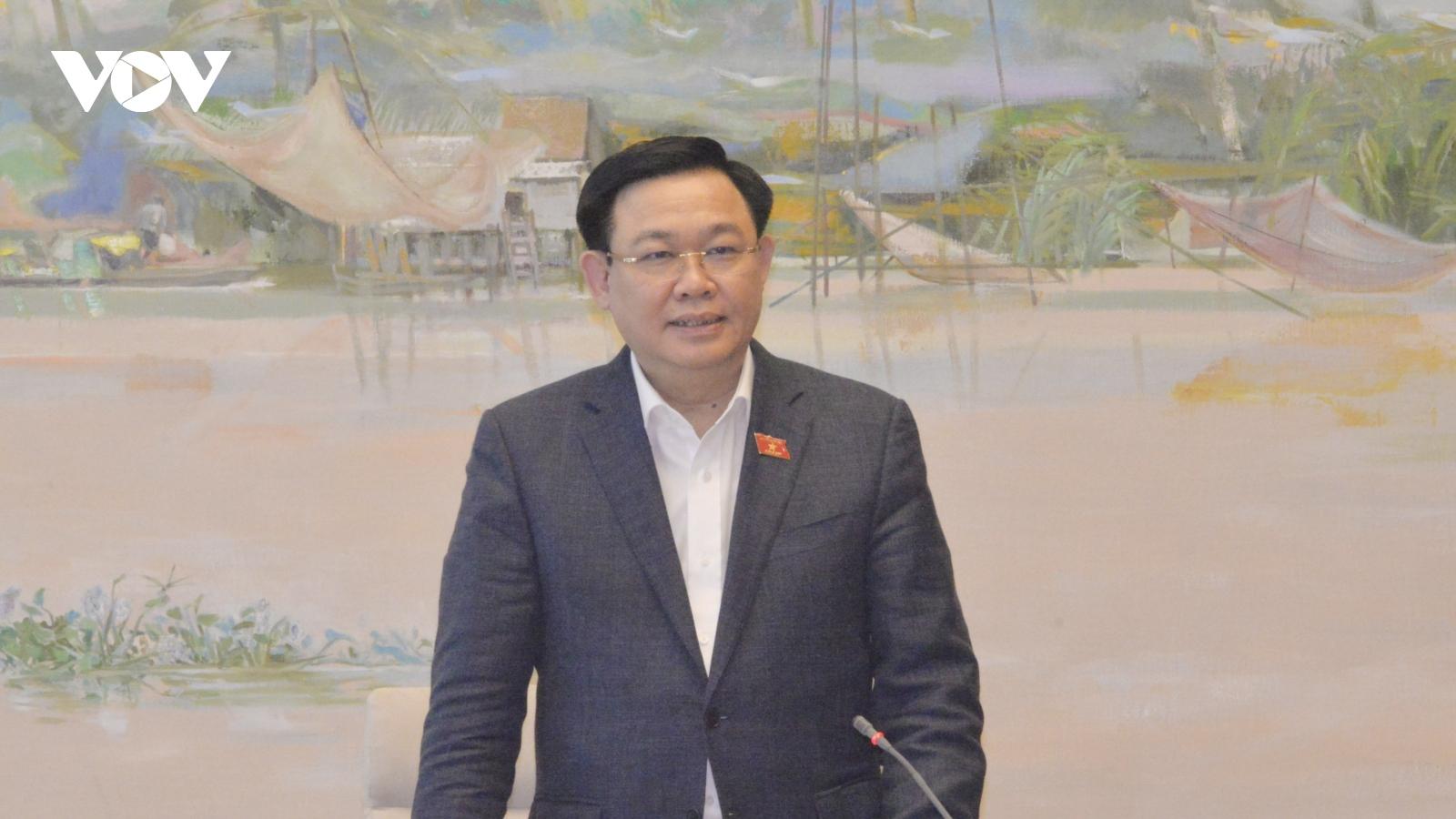 Chủ tịch Quốc hội làm việc với Ủy ban Khoa học, Công nghệ và Môi trường