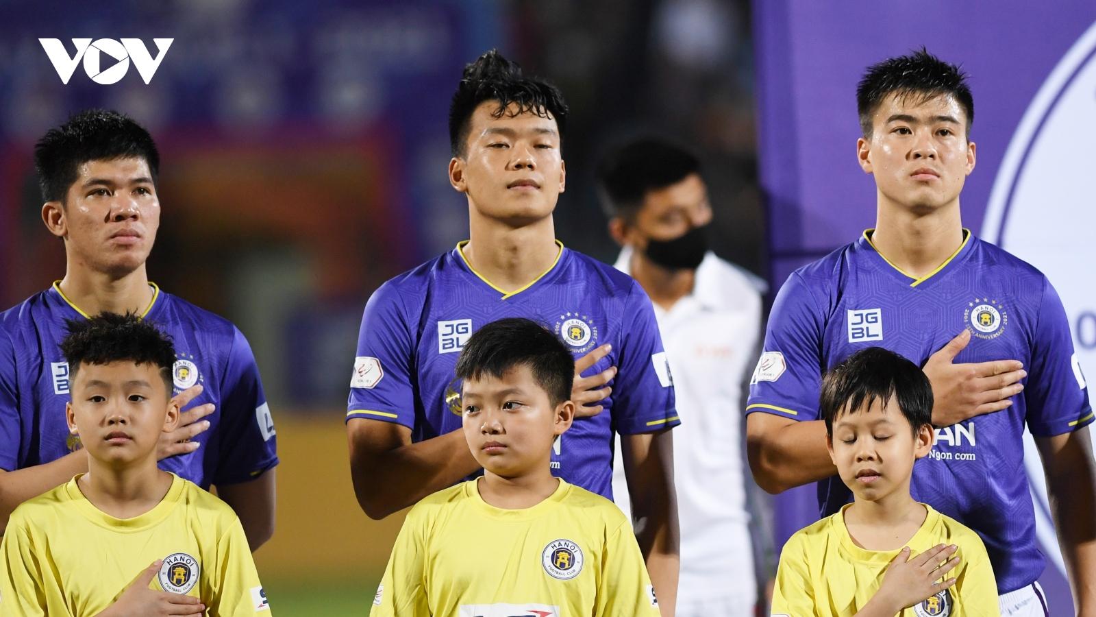 Lịch thi đấu vòng 9 V-League 2021: HAGL dễ thở, Hà Nội FC gặp khó